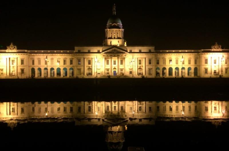 Customs House Dublin At Night 1
